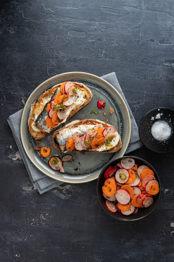 Spicy Marinaded Radishes and Carrots with Sardines on Toast